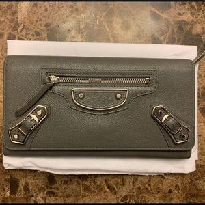 Excellent condition balenciaga wallet gray silver